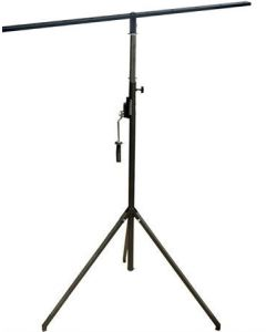 Soundking DLC002 winch up lighting stand with square T bar DRF001